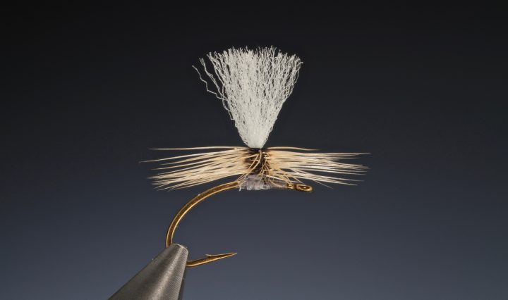 fly tying Parachute perfect hackle