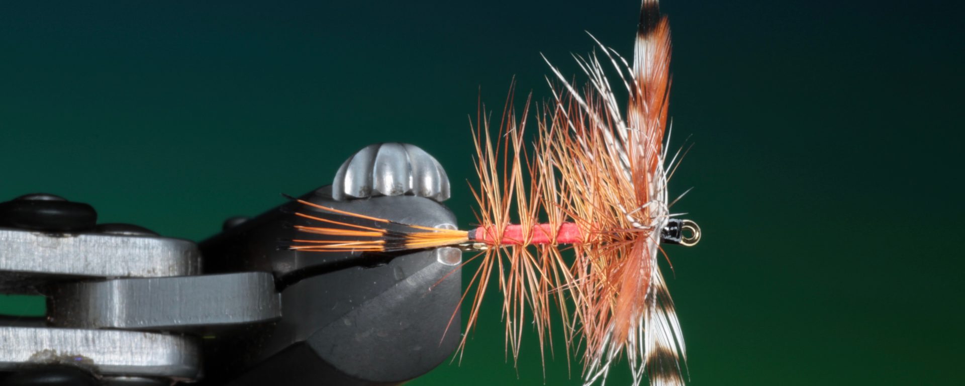 fly tying Red Panama dry fly video tutorial