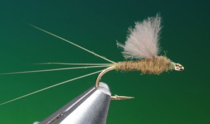 fly tying RS 2 dry fly video tutorial